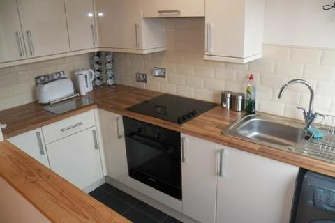 2 bedroom house to rent - Cecil Street, Manselton