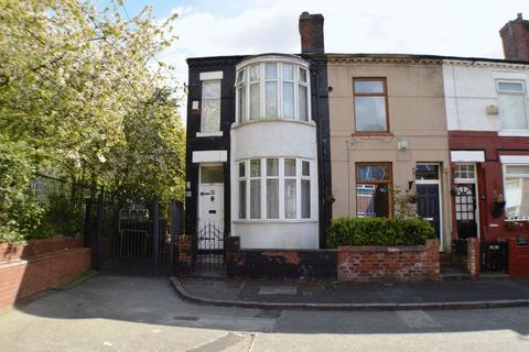 2 bedroom house to rent - Pinnington Road, Manchester