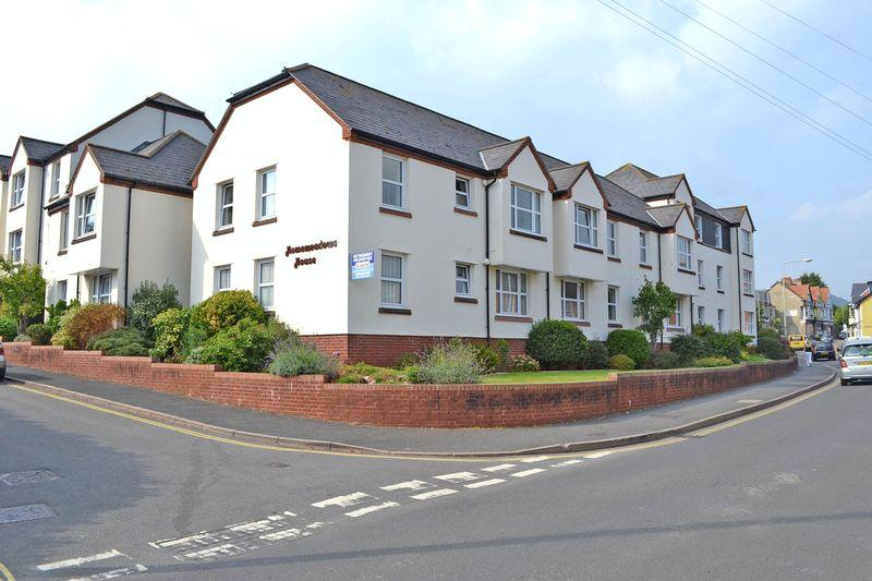 2 Bedrooms Apartment Flat for sale in Brewery Lane, Sidmouth