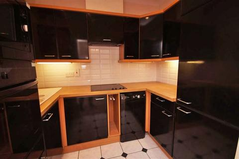 2 bedroom flat to rent - Montpellier GL50 1UL