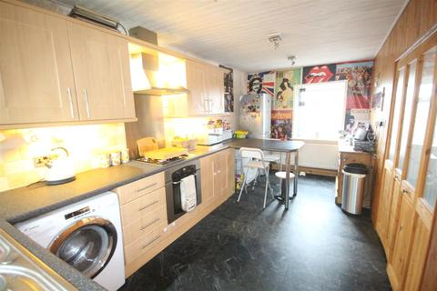 3 bedroom house for sale - 126 Harrison Drive, Colne