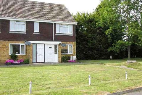 2 bedroom flat to rent - Hawks Town Crescent, Hailsham