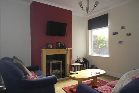 3 bedroom house to rent - Edgecumbe Street, Hull