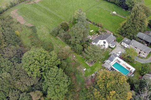 7 bedroom property with land for sale - DREFACH FELINDRE