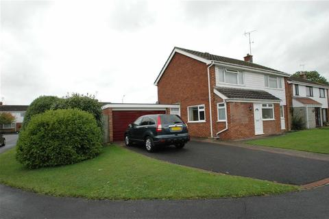 4 bedroom detached house for sale - Farbailey Close, Westminster Park, Chester