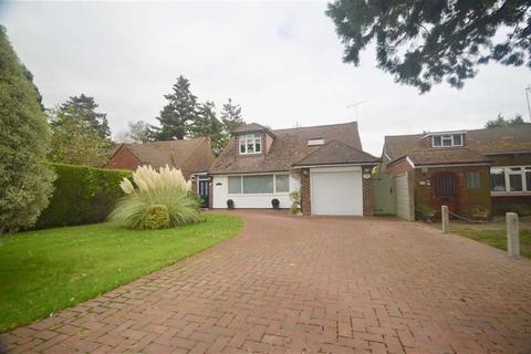 3 bedroom bungalow for sale - Williams Way, Radlett, Hertfordshire