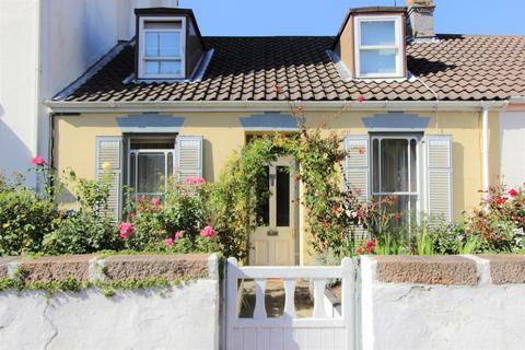 3 bedroom cottage for sale - St Saviours Road, St Saviour, Jersey, JE2