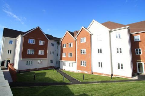 2 bedroom flat to rent - London Road, Benfleet
