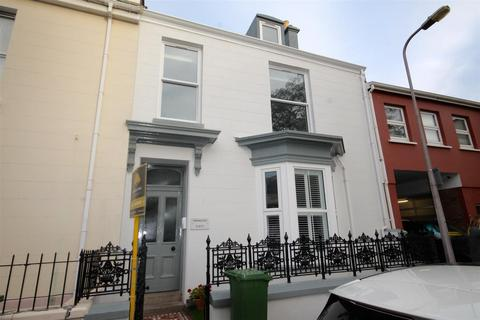 1 bedroom apartment to rent - St. Helier