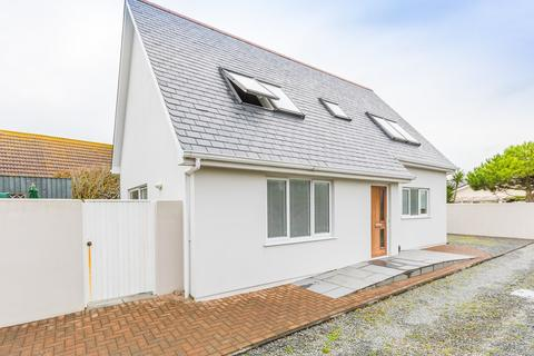 3 bedroom detached house to rent - Les Grandes Rocques, Castel, Guernsey