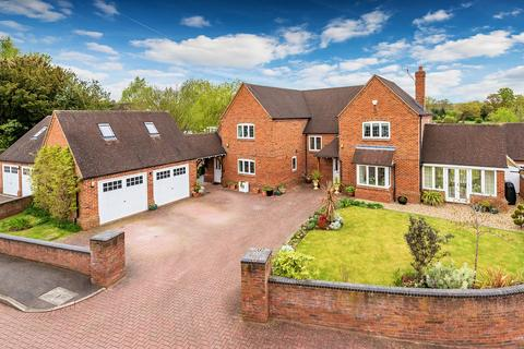 5 bedroom detached house for sale - School Fields, Hinstock, TF9 2RQ