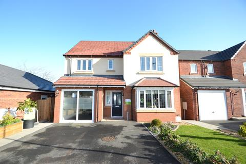 4 bedroom detached house for sale - Wright Avenue, Newport, TF10 7FY