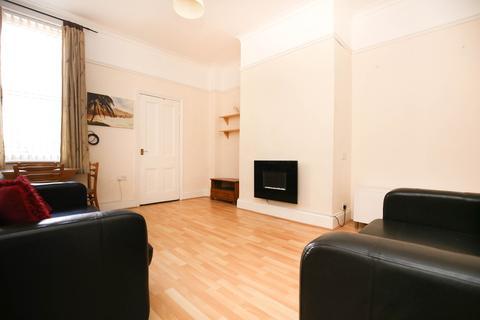 2 bedroom ground floor flat to rent - Cartington Terrace, Heaton, Newcastle Upon Tyne