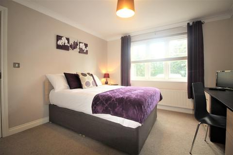 1 bedroom in a house share to rent - Pascal Crescent, Shinfield
