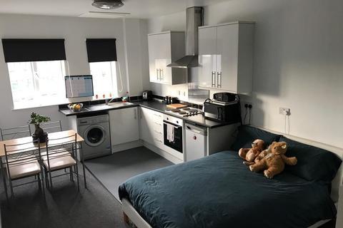 Studio to rent - Fold Street, City Centre, Wolverhampton