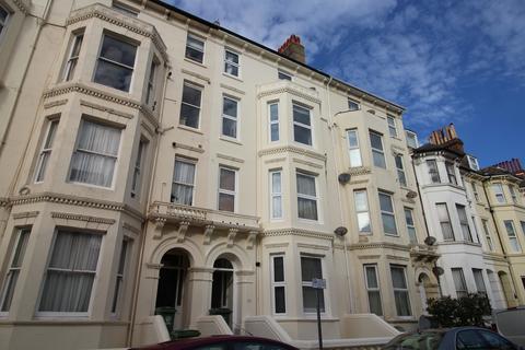 Ground floor flat to rent - Nightingale Road