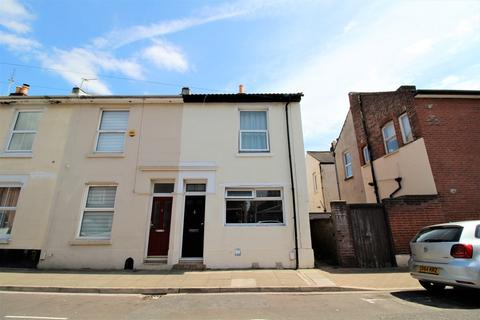 4 bedroom end of terrace house to rent - Napier Road, Southsea