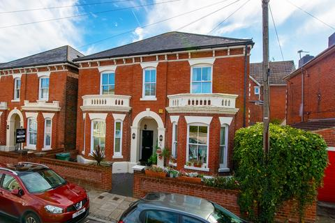 4 bedroom semi-detached house for sale - Cavendish Road