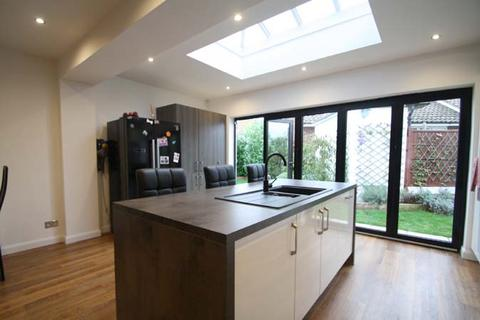 6 bedroom detached house for sale - Rochford SS4