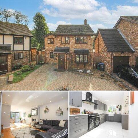 4 bedroom detached house for sale - Juniper Gardens, Welwyn, Hertfordshire