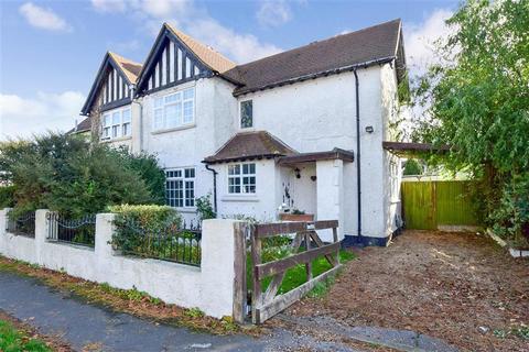 3 bedroom semi-detached house for sale - Chaucer Road, Elvington, Nr Dover, Kent
