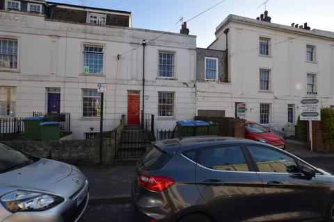 4 bedroom townhouse to rent - Henstead Road, Southampton, SO15 2DD