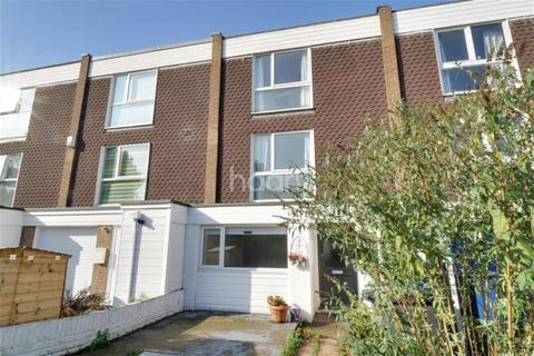 4 bedroom terraced house to rent - Winchmore Drive, Trumpington, Cambridge