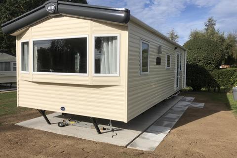 2 bedroom mobile home for sale - Little Lakeland Caravan Park, Harleston, Norfolk, IP20 0EL