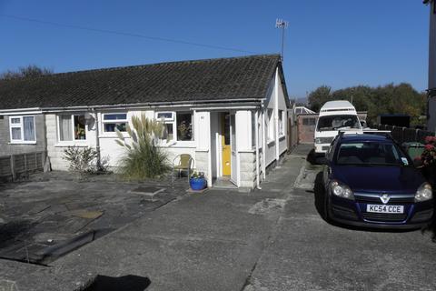 2 bedroom bungalow for sale - 50 Belgrave Road Fairbourne LL38 2AZ