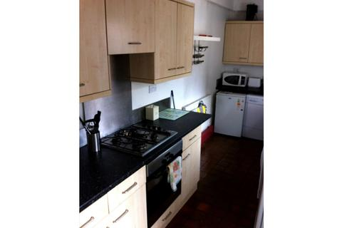 3 bedroom house share to rent - Turney Street, The Meadows, Nottingham NG2