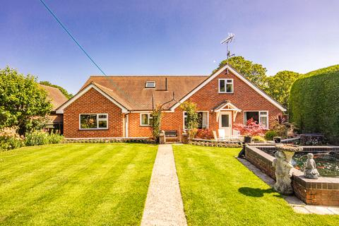 4 bedroom detached house for sale - Pen Meadow, East Ilsley, RG20