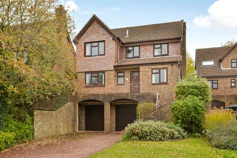 4 bedroom detached house for sale - Wren Close, Winchester, Hampshire, SO22