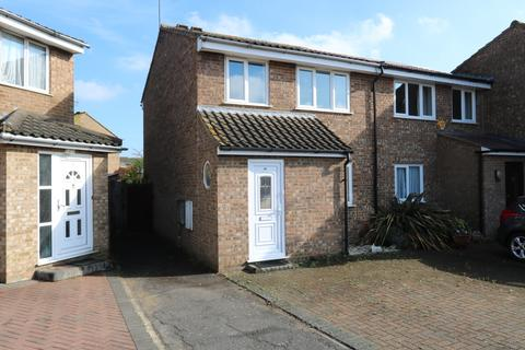 3 bedroom end of terrace house to rent - Narborough Close, Uxbridge, UB10