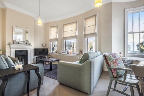 2 bedroom flat to rent - Leeland Road, London, W13