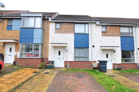 2 bedroom terraced house to rent - The Groves, Bishport Avenue, Hartcliffe, Bristol, BS13