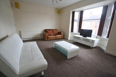2 bedroom flat to rent - Fosse Road South, West End, Leicester LE3