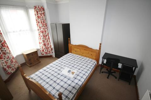 3 bedroom terraced house to rent - Norman Street, West End, Leicester, LE3