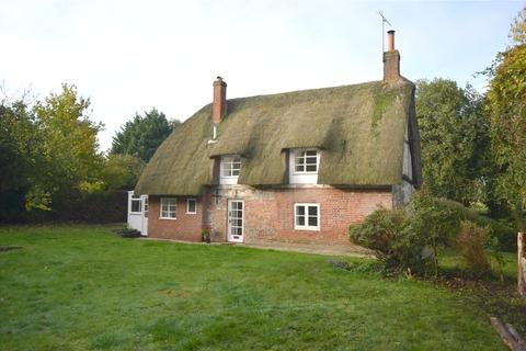 2 bedroom detached house to rent - Fyfield, Pewsey, Wiltshire, SN9
