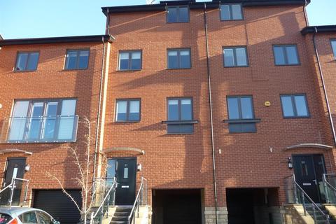 4 bedroom townhouse to rent - Yarn Street, Hunslet