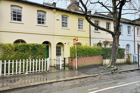 2 bedroom cottage for sale - Chiswick Road, Chiswick