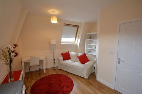1 bedroom apartment to rent - Haywood House, Rightwell East, Bretton, PE3 8DX