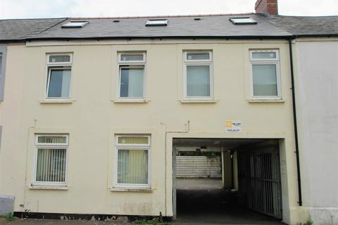 7 bedroom block of apartments for sale - Rhymney Street, Cardiff