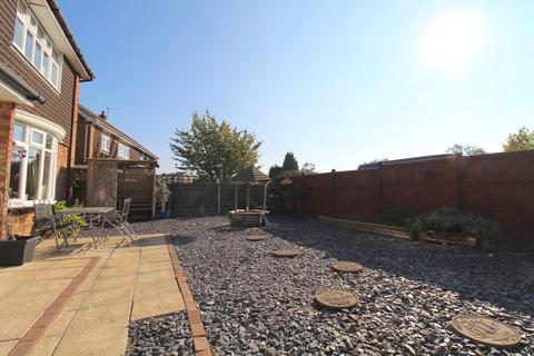 4 bedroom detached house for sale - Moors Way, Woodbridge, IP12 4HQ