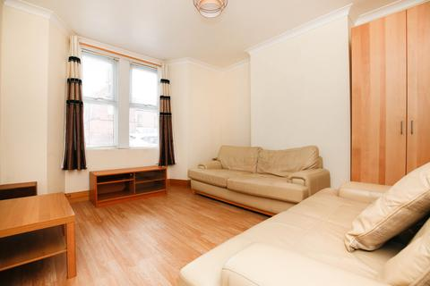 4 bedroom terraced house to rent - Ninth Avenue, Heaton, Newcastle Upon Tyne