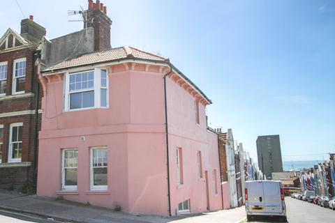 4 bedroom end of terrace house for sale - Carlton Hill, Brighton