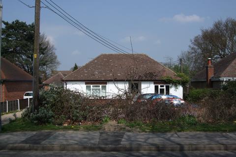 4 bedroom bungalow to rent - Danywern Drive, WInnersh, BerkshIre, RG41