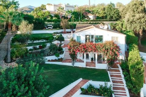 5 bedroom villa  - El Rosario, Marbella, Malaga