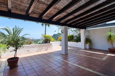 3 bedroom penthouse  - Lomas de La Quinta, Benahavis, Malaga