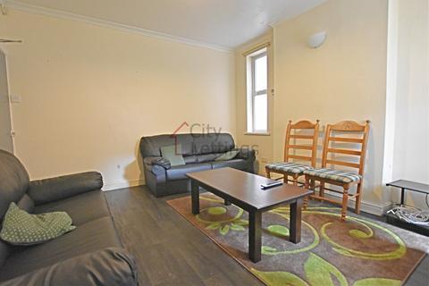 6 bedroom terraced house to rent - Faraday Road, Lenton