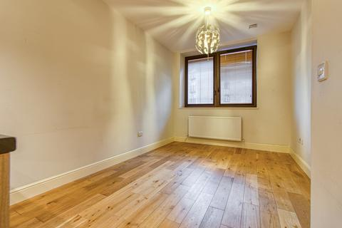 1 bedroom flat to rent - Sapphire House, East Barnet Road, Barnet, EN4